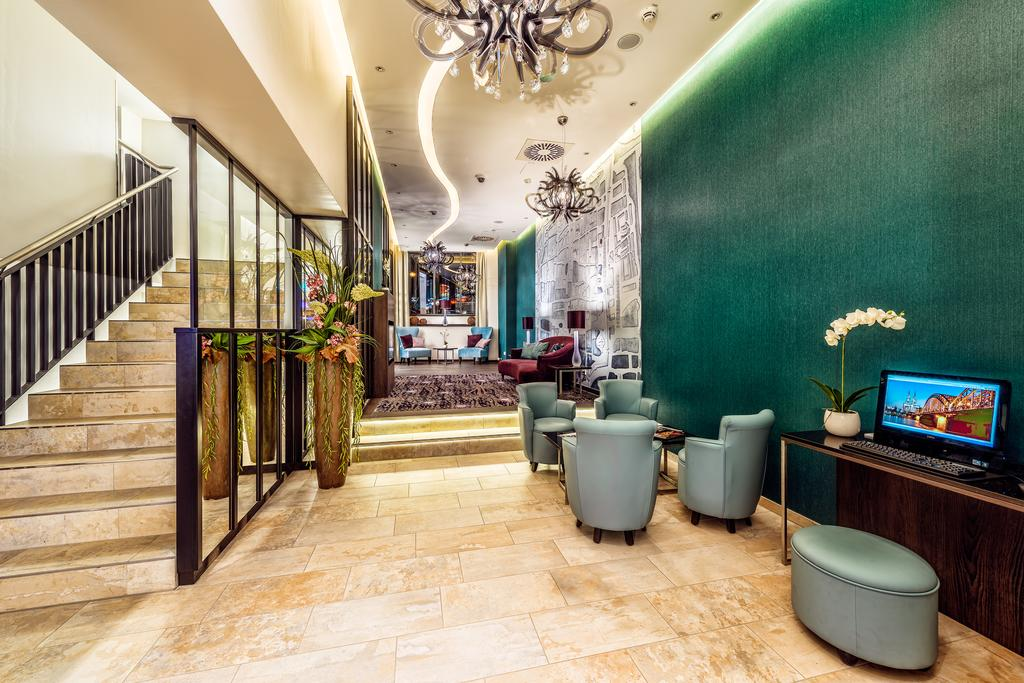 SLAMP HOTEL RESIDENCE MEDUSA